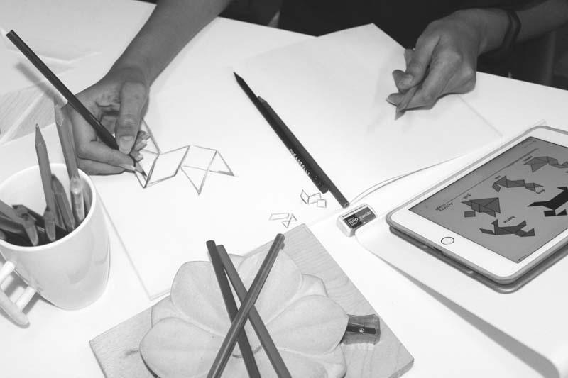 tangram-study-desk-2